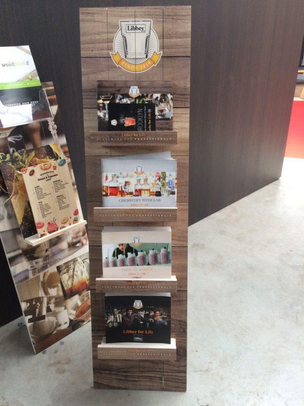 houten display vrijstaand