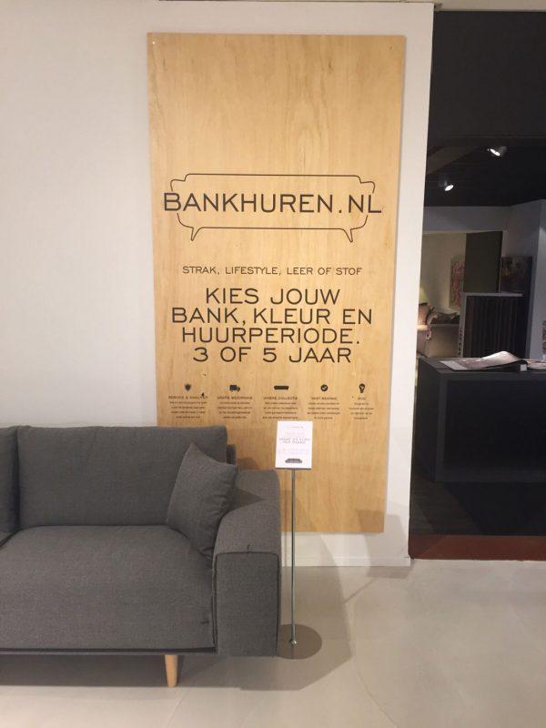 houten plaat tegen wand