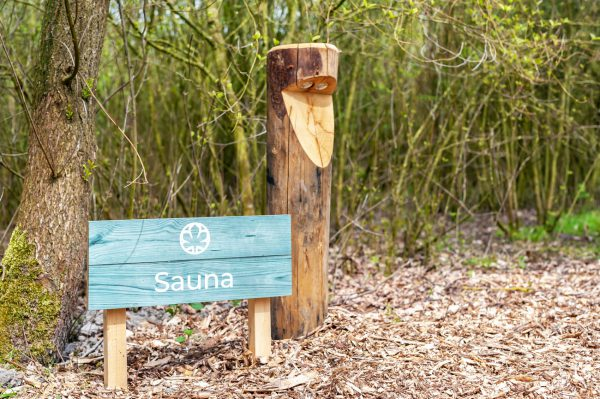 Informatieborden van hout