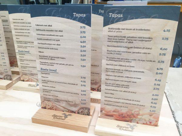 saunadrome menukaart van hout
