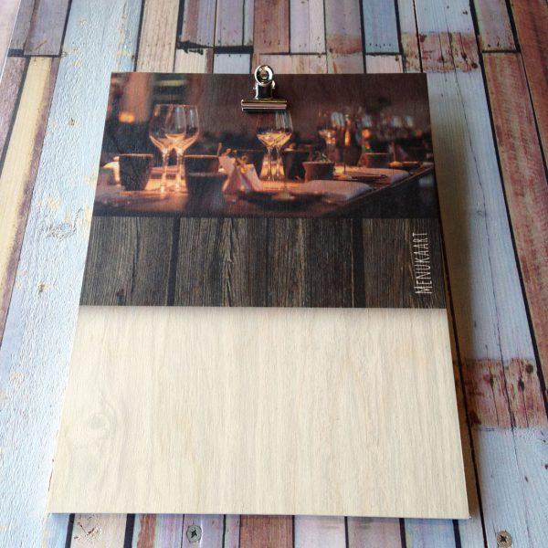 menukaart op hout met klem